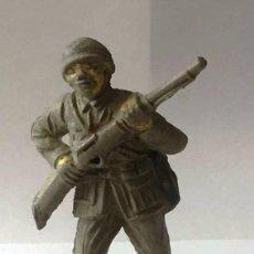 Figuras de Goma y PVC: FIGURA DE SOLDADO JECSAN, JAPONES SERIE PUENTE SOBRE EL RIO KWAI EN GOMA, AÑOS 50 ORIGINAL.. Lote 92688840
