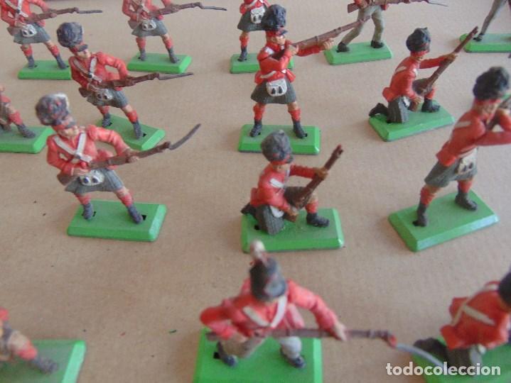 Figuras de Goma y PVC: LOTE DE FIGURAS INDIOS SOLDADOS DE JECSAN REAMSA O MARCAS SIMILARES BRITAINS BASE METALICA - Foto 6 - 92967940