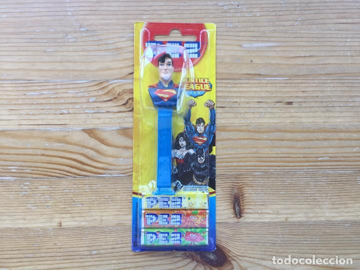 DISPENSADOR PEZ SUPERMAN EMBALAJE ORIGINAL SIN ABRIR (Juguetes - Figuras de Gomas y Pvc - Dispensador Pez)