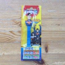 Dispensador Pez: DISPENSADOR PEZ SUPERMAN EMBALAJE ORIGINAL SIN ABRIR. Lote 93664520