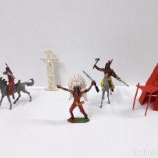 Figuras de Goma y PVC: GUERREROS INDIOS - TIPI Y TOTEM . REALIZADOS POR COMANSI . AÑOS 70. Lote 93791535