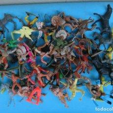 Figuras de Goma y PVC: LOTE DE 220 FIGURAS DE GOMA , DIFERENTES MARCAS Y EPOCAS, + CONTENIDO CAJA , DILIGENCIAS Y PIEZAS. Lote 94065555