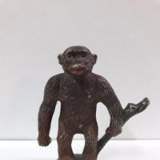 Figuras de Goma y PVC: GORILA CON RAMA . REALIZADO POR SOTORRES . SERIE SAFARI . AÑOS 50 EN GOMA. Lote 94118585
