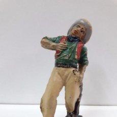 Figuras de Goma y PVC: VAQUERO - COWBOY HERIDO . REALIZADO POR PECH . AÑOS 50 EN GOMA. Lote 94137370