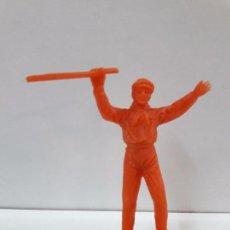 Figuras de Goma y PVC: MOZO ASISTENTE DE PLAZA . REALIZADO POR JECSAN . EN PLASTICO MONOCOLOR. Lote 94372054
