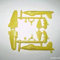 Figuras de Goma y PVC: MONTAPLEX 1 COLADA DEL AVIÓN MOSQUITO Nº 602. Lote 191926206