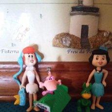Figuras Kinder: LOS PICAPIEDRAS BETTI VILMA Y DINO. Lote 94692571