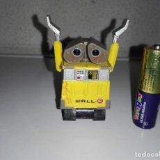 Figuras de Goma y PVC: MUÑECO FIGURA ROBOT WALLE WALL E DISNEY PIXAR DISNEY CCN1. Lote 95176951
