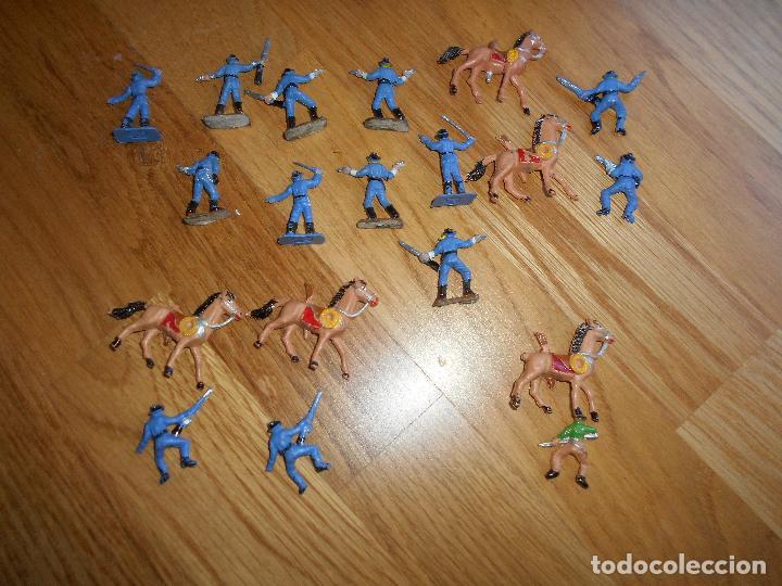 Figuras de Goma y PVC: Mini oeste Comansi Lote de 19 figuras soldados SEPTIMO CABALLERIA Original años 60 RARO !!!! - Foto 4 - 95234947