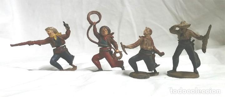 4 VAQUEROS COWBOY CASA GAMA AÑOS 50, CINTURA DOS PIEZAS DESMONTABLES (Juguetes - Figuras de Goma y Pvc - Gama)