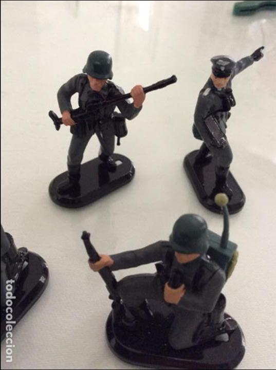 Figuras de Goma y PVC: Lote de 5 soldados alemanes britains marcaje 1971 - Foto 3 - 96253263
