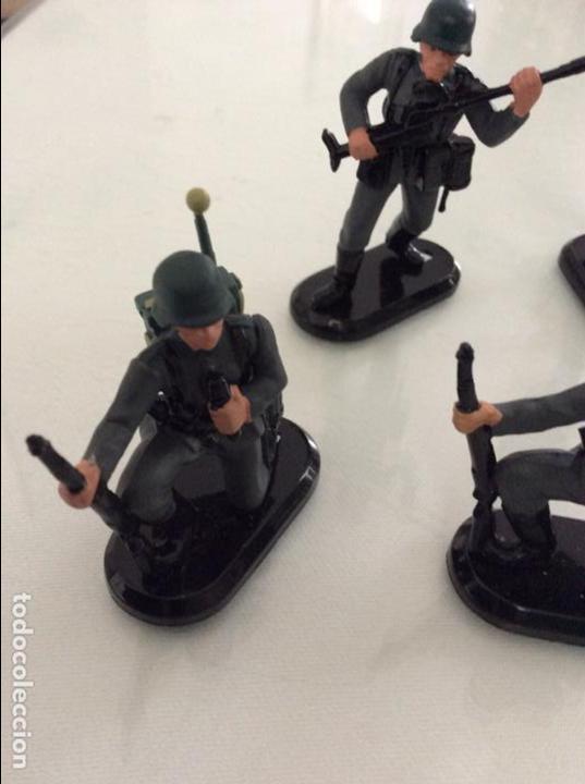 Figuras de Goma y PVC: Lote de 5 soldados alemanes britains marcaje 1971 - Foto 4 - 96253263