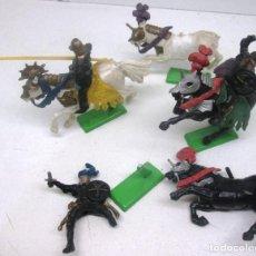 Figuras de Goma y PVC: LOTE TURCOS A CABALLO DE BRITAINS, 1971. Lote 96628235