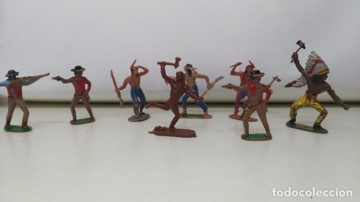 LOTE DE INDIOS Y VAQUEROS DE PECH Y JECSAN ANTIGUOS (Juguetes - Figuras de Goma y Pvc - Pech)