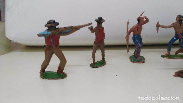 Figuras de Goma y PVC: lote de indios y vaqueros de pech y jecsan antiguos - Foto 2 - 96815307