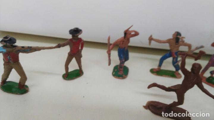 Figuras de Goma y PVC: lote de indios y vaqueros de pech y jecsan antiguos - Foto 7 - 96815307