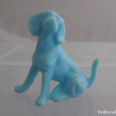 Figuras de Goma y PVC: FIGURA DUNKIN PERRO AZUL AÑOS 80. Lote 96880039