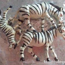 Figuras de Goma y PVC: OLIVER. FAMILIA DE ANIMALES SALVAJES. CEBRAS. AÑOS 80. Lote 97011111