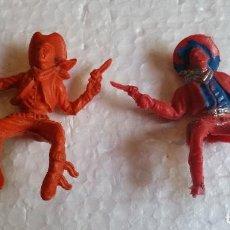 Figuras de Goma y PVC: AMG-295- 2 VAQUEROS LAFREDO Y REIGÓN. Lote 97060471