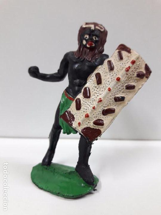 Figuras de Goma y PVC: GUERRERO AFRICANO NEGRO . REALIZADO POR ARCLA . AÑOS 50 EN GOMA - Foto 3 - 97236331
