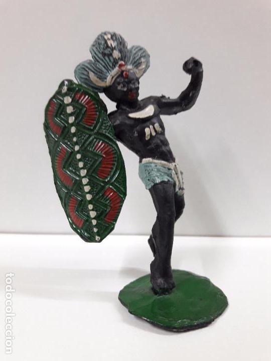 Figuras de Goma y PVC: GUERRERO AFRICANO NEGRO . REALIZADO POR ARCLA . AÑOS 50 EN GOMA - Foto 4 - 97236435