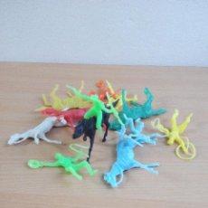 Figuras de Goma y PVC: LOTE Nº 3 DE VAQUEROS Y CABALLOS. Lote 97535359
