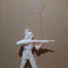 Figuras de Goma y PVC: INDIOS Y VAQUEROS COMANSI -INDIO A ESTRENAR AÑOS 70*. Lote 97815359