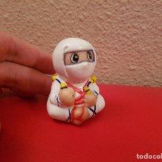 Figuras de Goma y PVC: FIGURA DE GOMA O PVC SACAPUNTAS NINJA ATORI DIBUJOS ANIMADOS AÑOS 80-90 OBSEQUIO PREMIUM. Lote 98241547