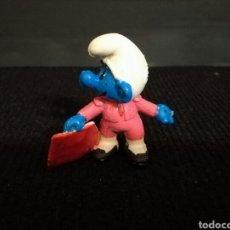 Figuras de Goma y PVC: PITUFO PITUFOS TORERO CON CAPOTE DE LOS MAS BUSCADOS. Lote 98247604