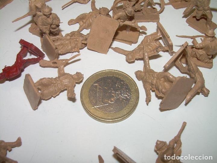 Figuras de Goma y PVC: LOTE DE 65 PEQUEÑAS FIGURAS DE PLASTICO. - Foto 4 - 98348183