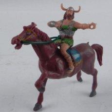 Figuras de Goma y PVC: FIGURA ESTEREOPLAST A CABALLO, VIKINGO OLAFF, SERIE CAPITAN TRUENO, AÑOS 60, REALIZADO EN PLASTICO.. Lote 98454987