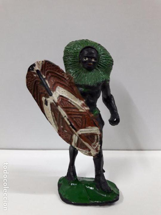 GUERRERO AFRICANO NEGRO . REALIZADO POR ARCLA . AÑOS 50 EN GOMA (Juguetes - Figuras de Goma y Pvc - Arcla)