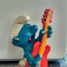 Figuras de Goma y PVC: FIGURA GOMA PVC PITUFOS PITUFO CON GUITARRA. Lote 99313183