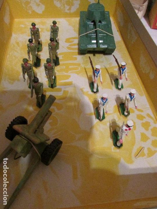 Figuras de Goma y PVC: caja COMANDOS Soldados SOTORRES (años 60) - Foto 2 - 99319239