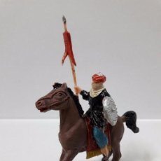 Figuras de Goma y PVC: MORO CON ESTANDARTE A CABALLO . REALIZADO POR JECSAN . SERIE BEN YUSUF . ORIGINAL AÑOS 60. Lote 99715451