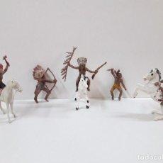 Figuras de Goma y PVC: GUERREROS INDIOS . REALIZADOS POR PECH . AÑOS 60 EN PLASTICO. Lote 99798051