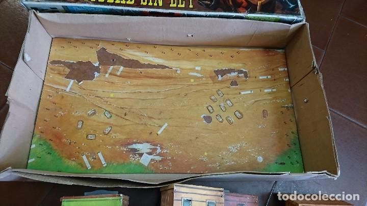 Figuras de Goma y PVC: MÍNI-OESTE COMANSI, DODGE CIUDAD SIN LEY - Foto 13 - 99934499