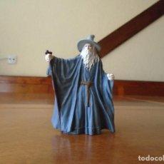 Figuras de Goma y PVC: FIGURA BURGER KING EN PVC DE EL SEÑOR DE LOS ANILLOS: GANDALF. Lote 100305651