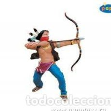 Figuras de Goma y PVC: FIGURA PVC PAPO 39517 - INDIO WITH BOW. Lote 100715327