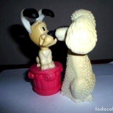 Figuras de Goma y PVC: PAREJA DE PERRITOS BESUCONES - -MCDONALD´S - IMANTADOS. Lote 100725799