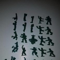 Figuras de Goma y PVC: SOLDADITOS DE CHICLE DUNKIN?. Lote 100765115