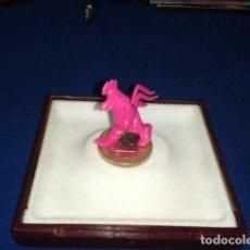 Figuras de Goma y PVC: FIGURA DUNKIN WARNER EL GALLO CLAUDIO. Lote 100766887