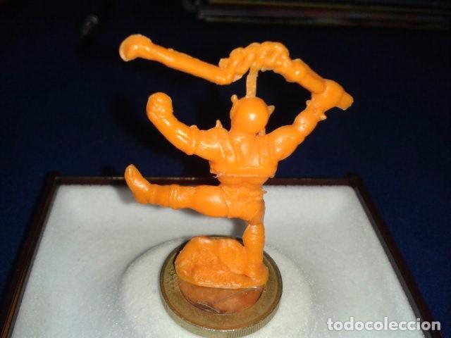 Figuras de Goma y PVC: FIGURA DUNKIN THUNDERCATS ( PANTRO ) DE PASTILITOS PANRICO PHOSKITOS - Foto 2 - 100768619
