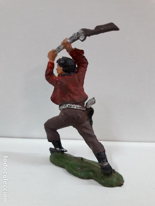 Figuras de Goma y PVC: VAQUERO - COWBOY ATACANDO CON EL RIFLE . FIGURA REAMSA Nº 61 . AÑOS 50 EN GOMA - Foto 4 - 101131231