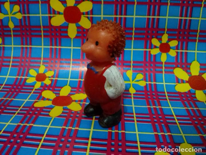 Figuras de Goma y PVC: Figura de goma *Hombre erizo*....años 1970/80. - Foto 2 - 101237787
