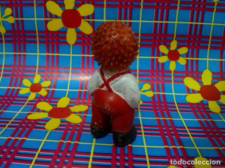 Figuras de Goma y PVC: Figura de goma *Hombre erizo*....años 1970/80. - Foto 3 - 101237787