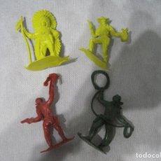Figuras de Goma y PVC: MONTAPLEX-LOTE DE INDIOS Y VAQUEROS -AÑOS 70-80. Lote 101401319