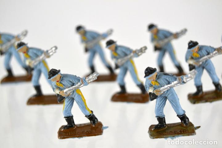 Figuras de Goma y PVC: Lote de 9 Soldados Federales / Mini Oeste Comansi - Foto 2 - 101482427