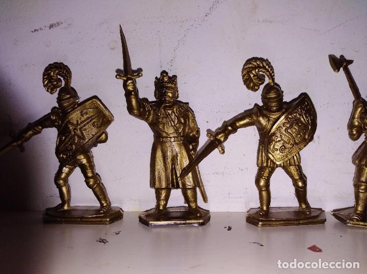 Figuras de Goma y PVC: Colección figuras pvc marcadas lone star England serie Harvey rey Arturo medieval 50mm - Foto 2 - 102691755