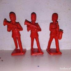 Figuras de Goma y PVC: FIGURAS BANDA DE MÚSICA INGLESA GUARDIA REAL KELLOGGS . Lote 102692739
